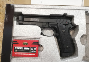 SWISS ARMS P92 4,5mm CO2 FULL METAL BLOW BACK